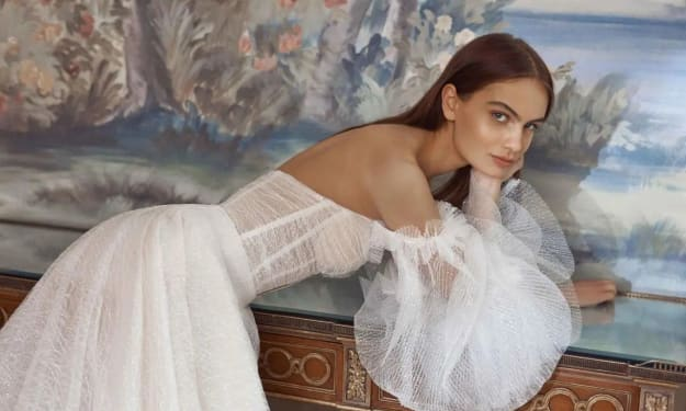 How To Be a Fashionable Bride in 2021-2022