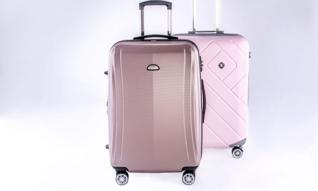 Buy Luggage Sets Sharjah To Have Better Travelling