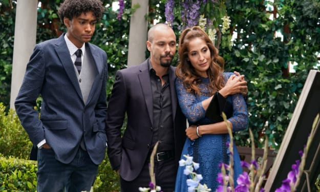 Devon Moses and Lily host a tribute to Neil on 'The Young and the Restless'
