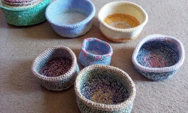 Crocheting birds nests for wildlife rescue