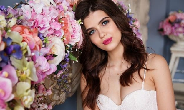 Long-Lasting Summer Makeup Tips