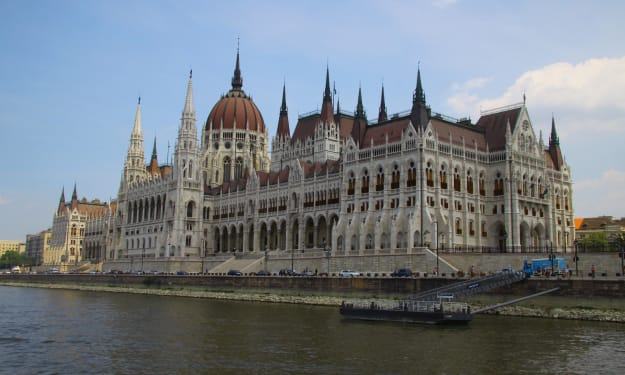 Budapest and the Fine Art of Missing Everything