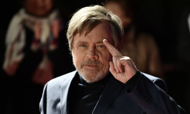 Mark Hamill's Loving Reaction To A Father Using The Force On His Child