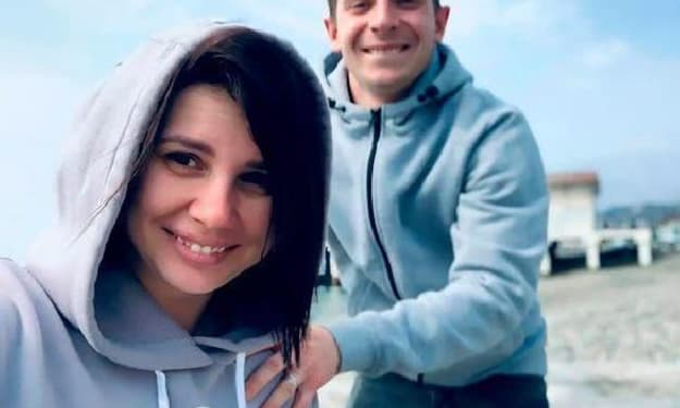 Stepmother turns into wife, 35-year-old woman divorced her husband and married 20-year-old stepson, already love crystallization