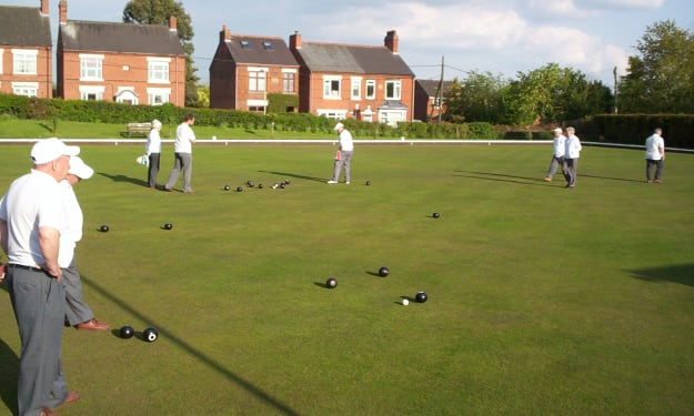 An introduction to the game of bowls