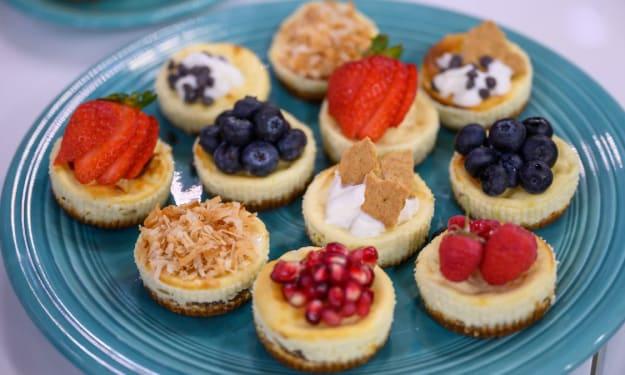 Make Your Own Mini Cheesecakes