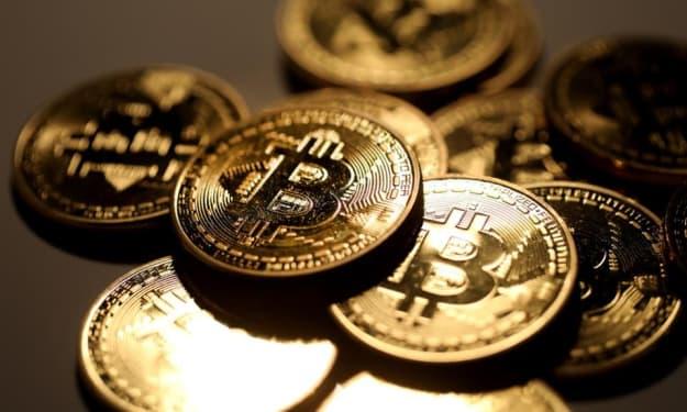 """""""Bitcoin Revolution Scam"""""""