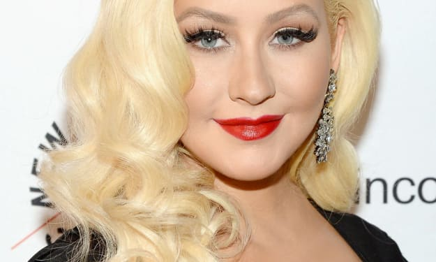 All About The Naturally Talented, Gorgeous, Inspirational, Bubbly Christina Aguilera And The 20 Fun Facts About Her