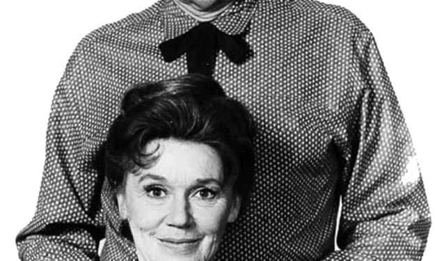 John McIntire and Jeanette Nolan mixed business with pleasure