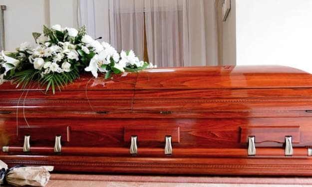What's the Difference Between a Casket and a Coffin?