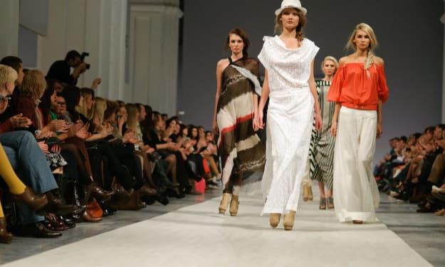 Buy Dolce & Gabbana Men & Women Clothing Online