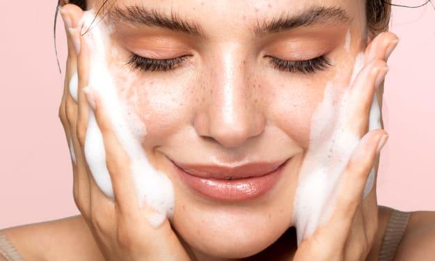 Esponjabon soap mother of pearl: Ditch Shower Gel