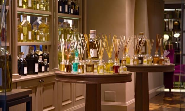 Perfume for Men and Women for This Festive Season