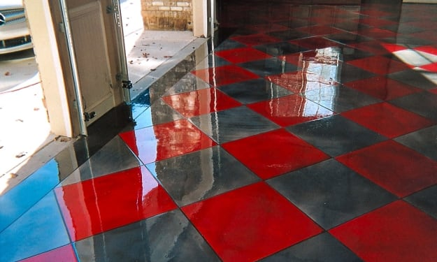 How much do contractors charge to epoxy floor?