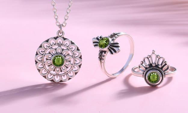 Moldavite Jewelry: The Most Appreciated Stone in The Gemworld