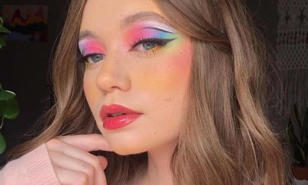 COLORFUL, YOUTHFUL EYES: BRIGHT, COLORFUL EYESHADOW IS BACK FROM 80S MAKEUP