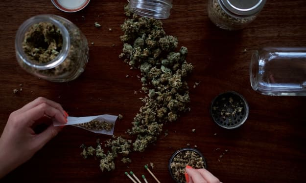 Weed Smoking Accessories 101: What You Need To Know About It