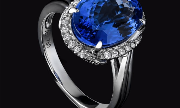 10 Engagement Ring Settings and Styles in Trend