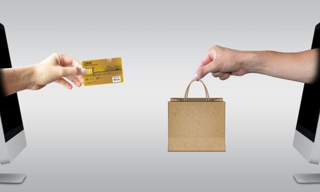 How can we bridge the gap between online and offline retail?