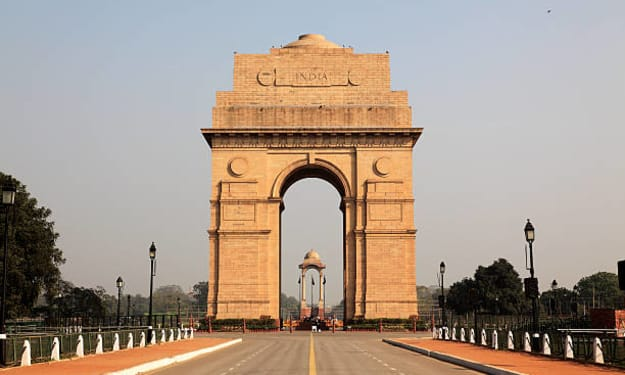 Essay on India Gate for Students and Children