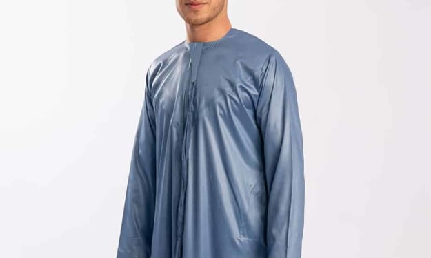 Welcome autumn the right way with Grey Emirati Thobe!