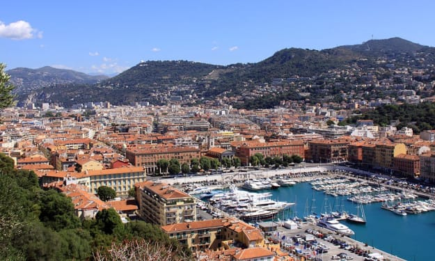 9 Reasons to Choose Nice as Your Next Romantic Vacation Destination