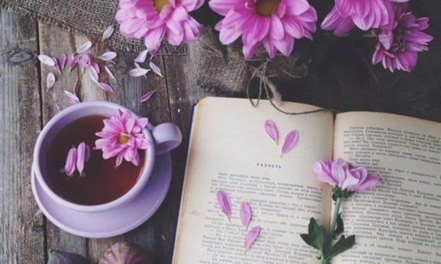 5 Inspiring Books That Will Make You into a Smarter and Better Person