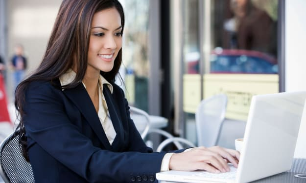 How to Be a Successful Female In a Male Dominated Industry