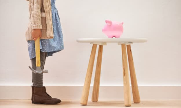 How to Save Money on Fashion and Clothing