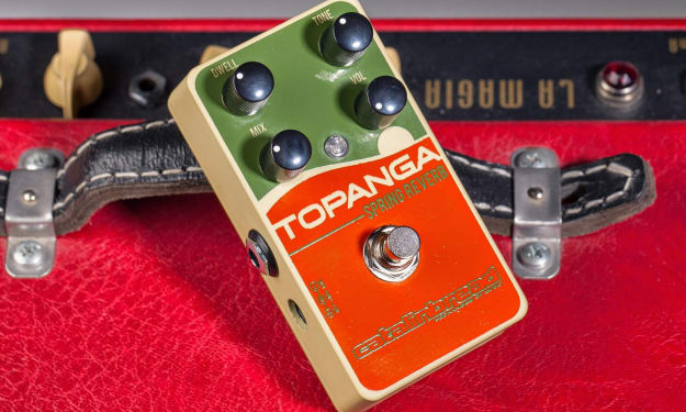 Best Reverb Guitar Pedals to Buy Right Now