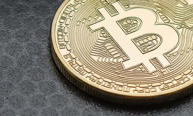 What's the Difference Between Blockchain and Crypto?