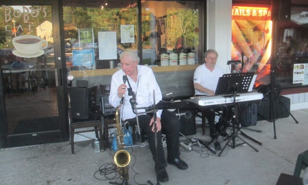Bobo's Cafe Holds Sway in Somers on Saturday Night