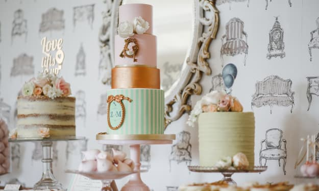 The 10 Best Wedding Cake Decorating Books Ever Written