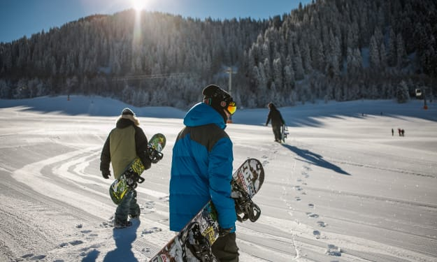 A Few Tips for New Snowboarders Trying It out for the First Time