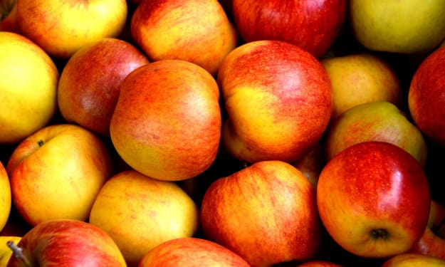 Apples Are a Blessing for Your Skin!