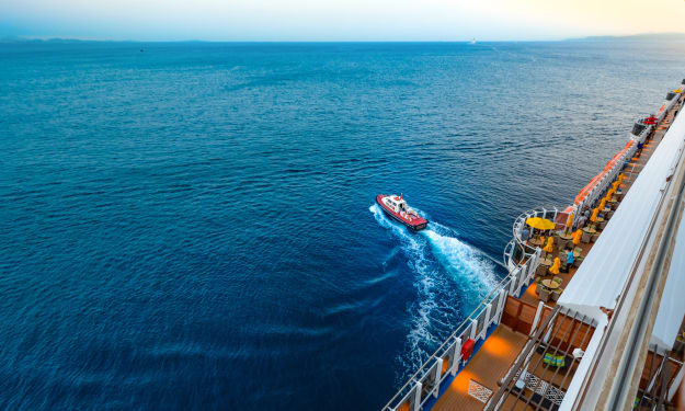 Going On a Cruise? Keep These Hair Care Tips in Mind When Packing