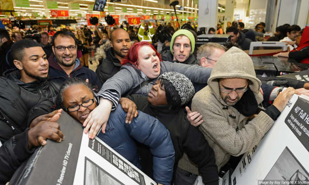 5 Ways Working Retail Can Make You Hate the Holidays