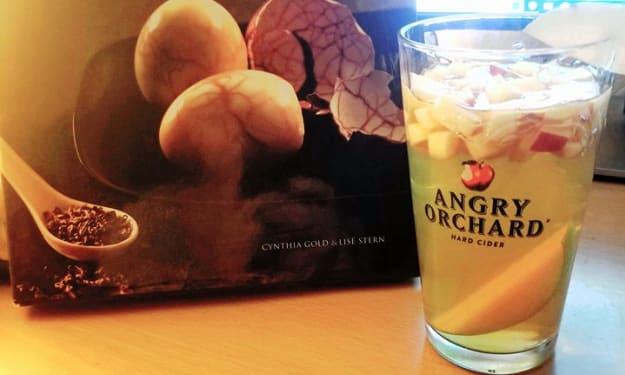 The Ginger Tea Reviews: Darjeeling and Pear Sangria