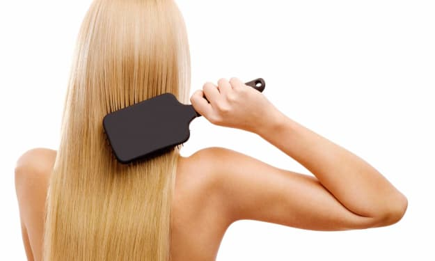 Best Brushes for Damaged Hair Every Blonde Needs