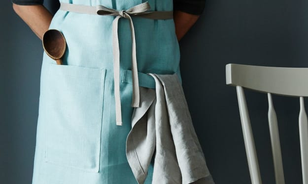 10 Cute Aprons for Your Favorite Home Chef