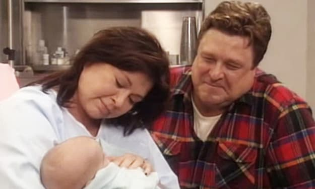 The Cast Of 'Roseanne' Is Returning For The New Season, But Is Baby Jerry?