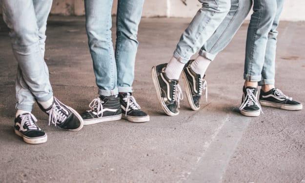 Different Ways to Style Boyfriend Jeans