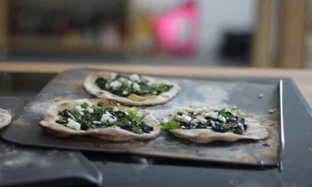 Vegan Labneh, Spinach & Za'atar Lahmacuns