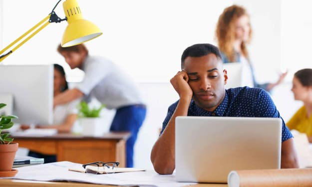 10 Signs You're Facing Job Burnout