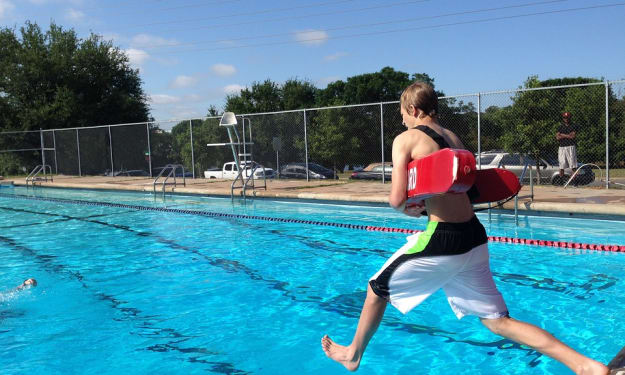 Safety First, Even Underwater: Tips to Watch Your Back