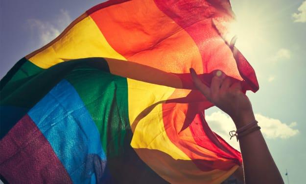 LGBTQ Twitters to Follow