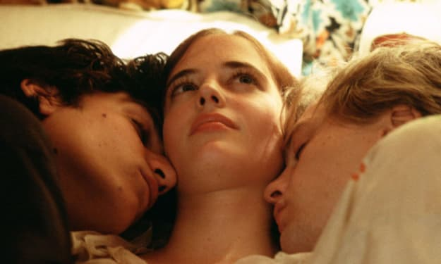 Best Polyamorous Relationship Tips to Make It Work