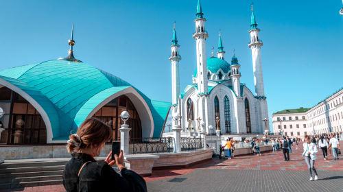 Qolşärif - Inside Russia's Largest Mosque