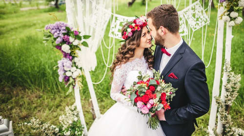 How to Choose the Perfect Wedding Flower for the Day