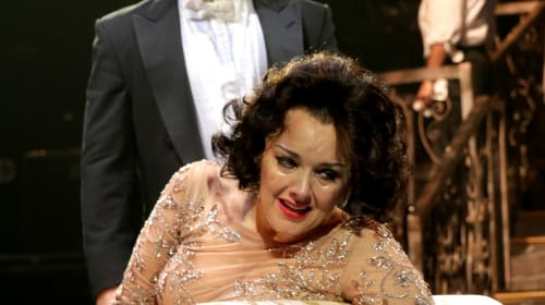 North Shore Music Theatre's 'Sunset Boulevard' Is an Enthralling Performance